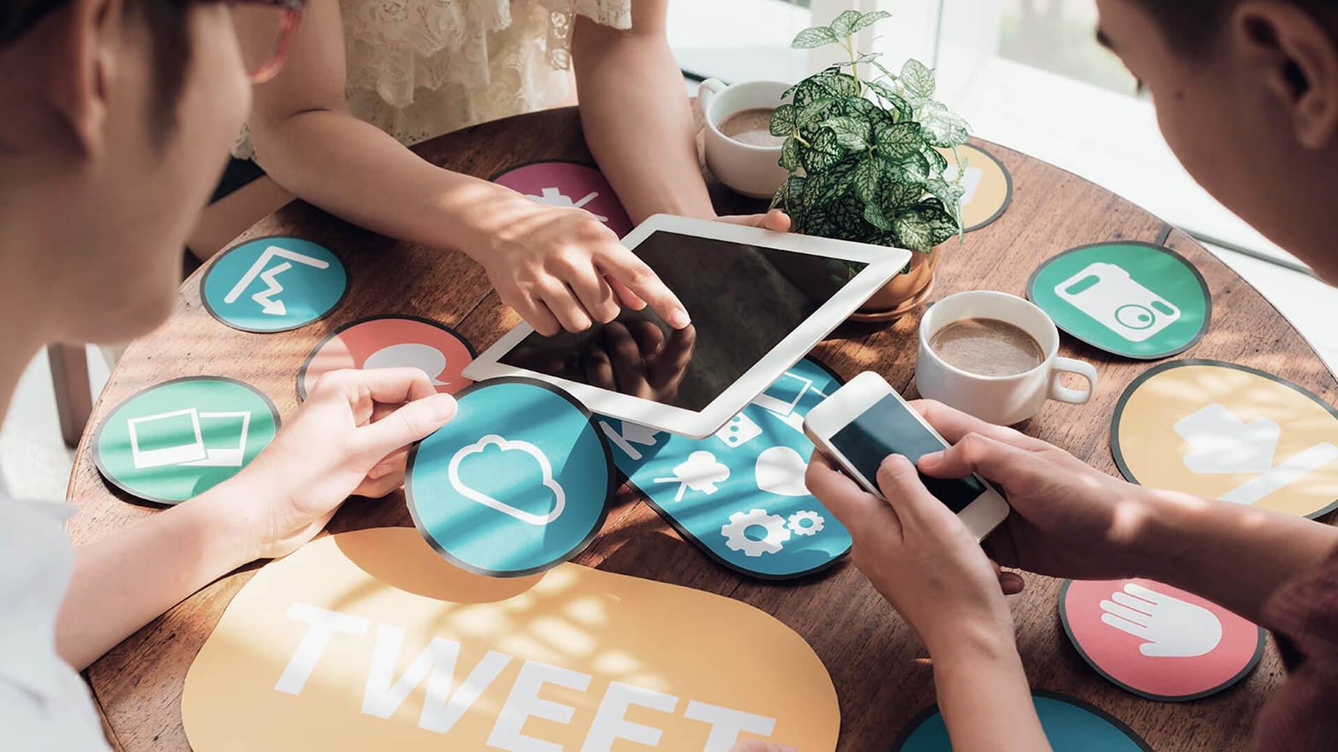 ведение групп в соцсетях